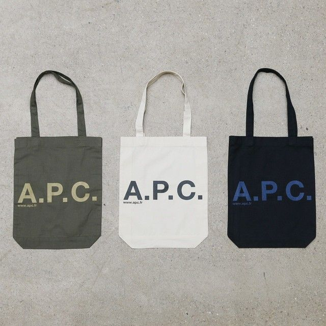 Get a free A.P.C fabric bag with an online purchase of 150 € or ...