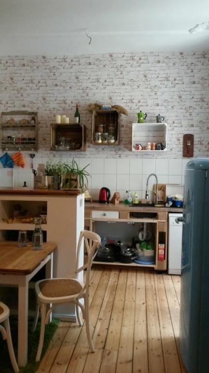 Eine hübsche DIY-Idee für die Küche! Alte Obst- oder Weinkisten als ...
