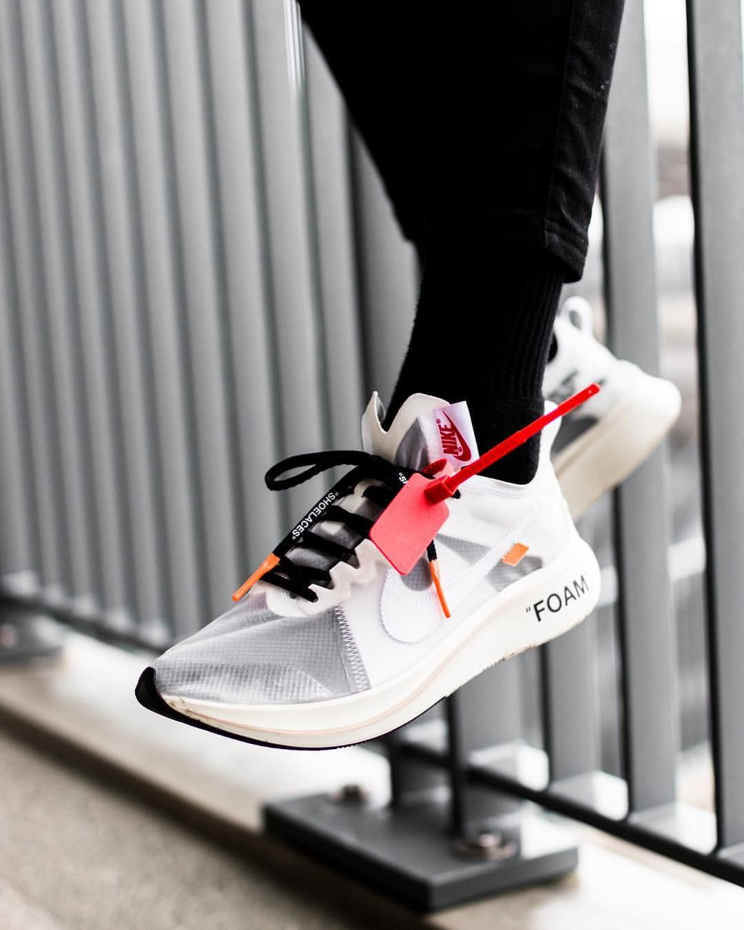 best website 005ba 55e12 OFF WHITE x Nike Vaporfly