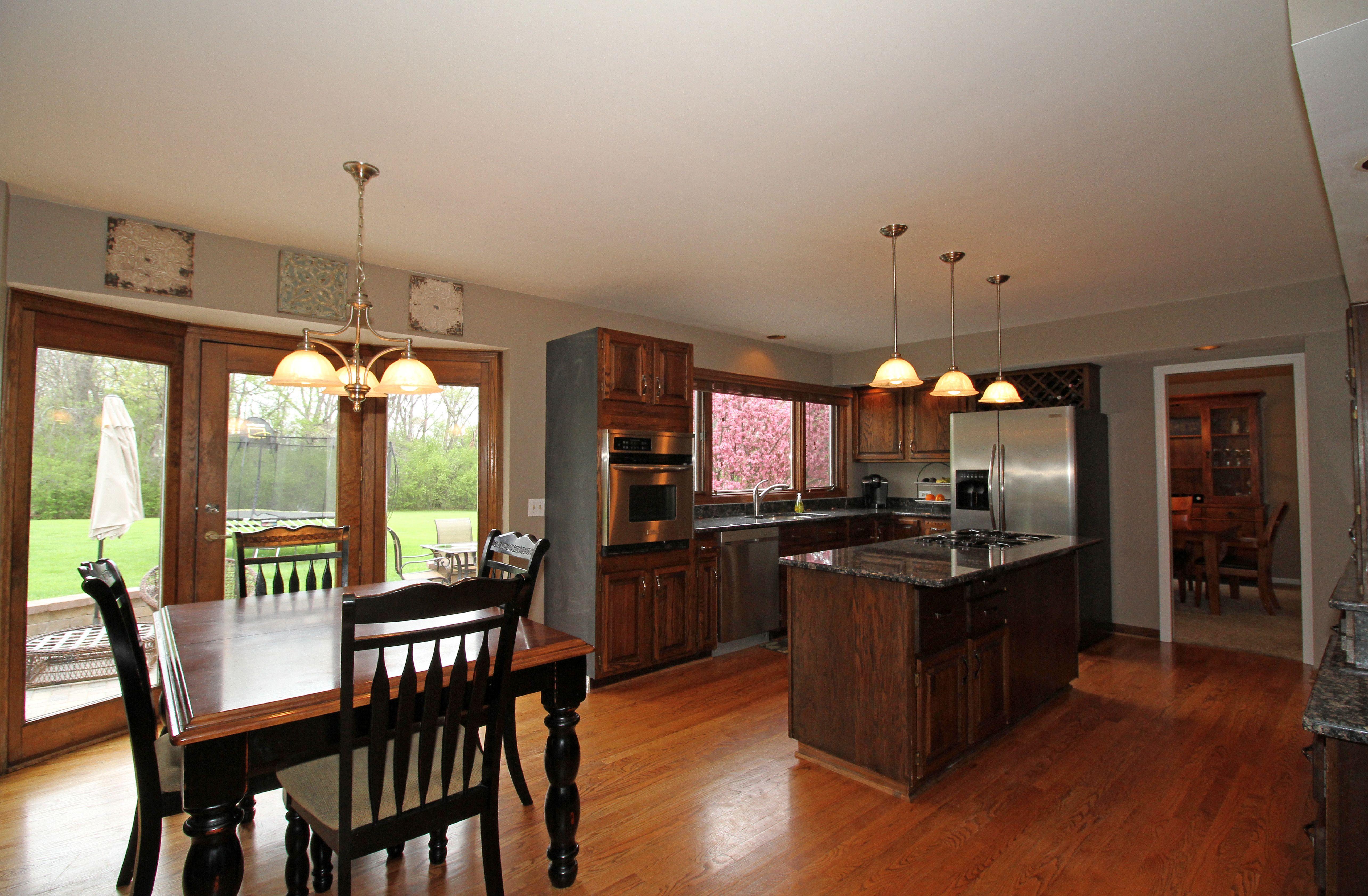 kitchen hardwoodfloors oakflooring