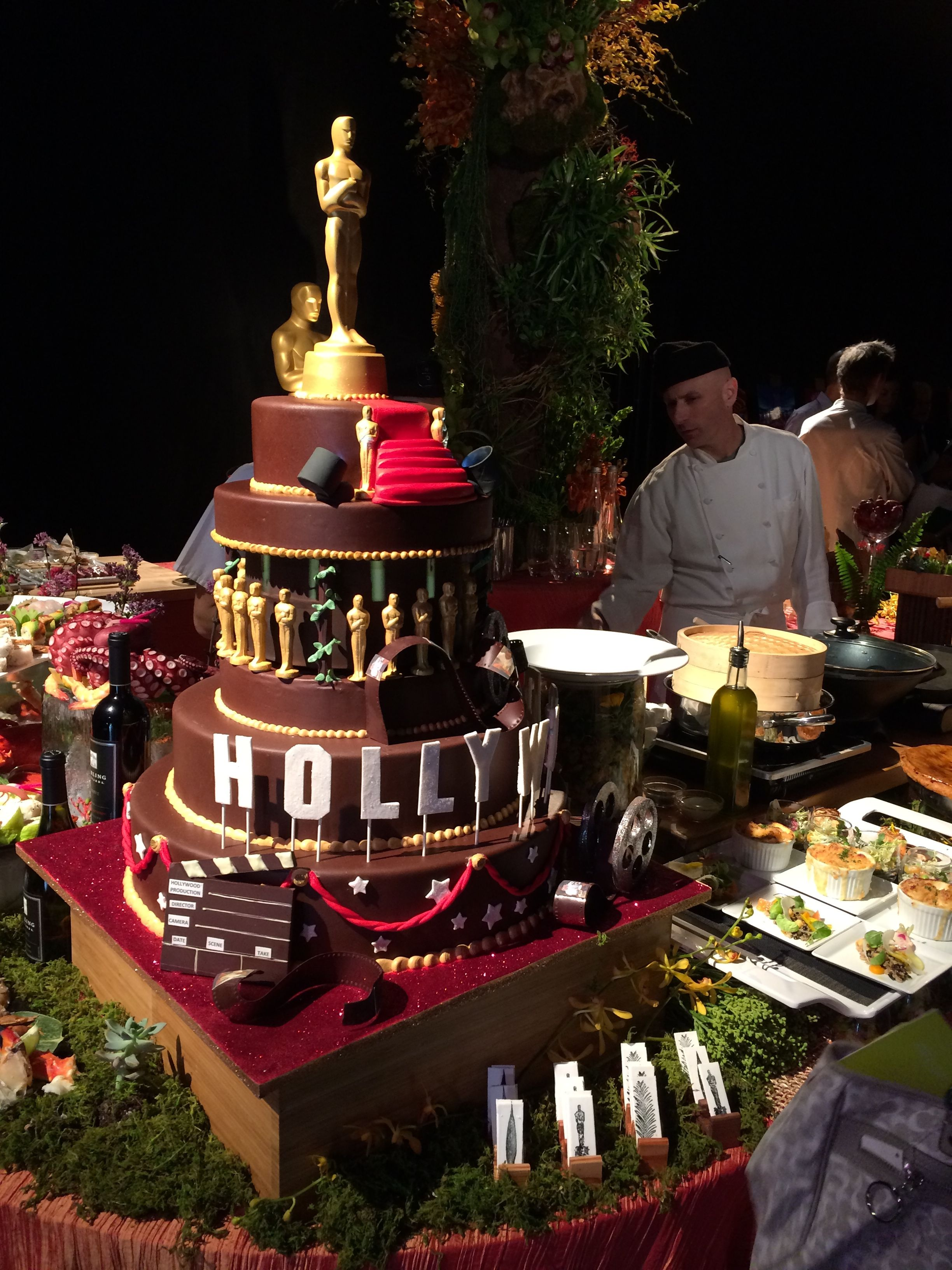Shall We Serve This Hollywood Cake From Wolfgang Puck At
