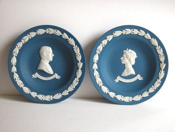 Collectable Wedgwood Blue Jasper Ware China Queen door NAttic