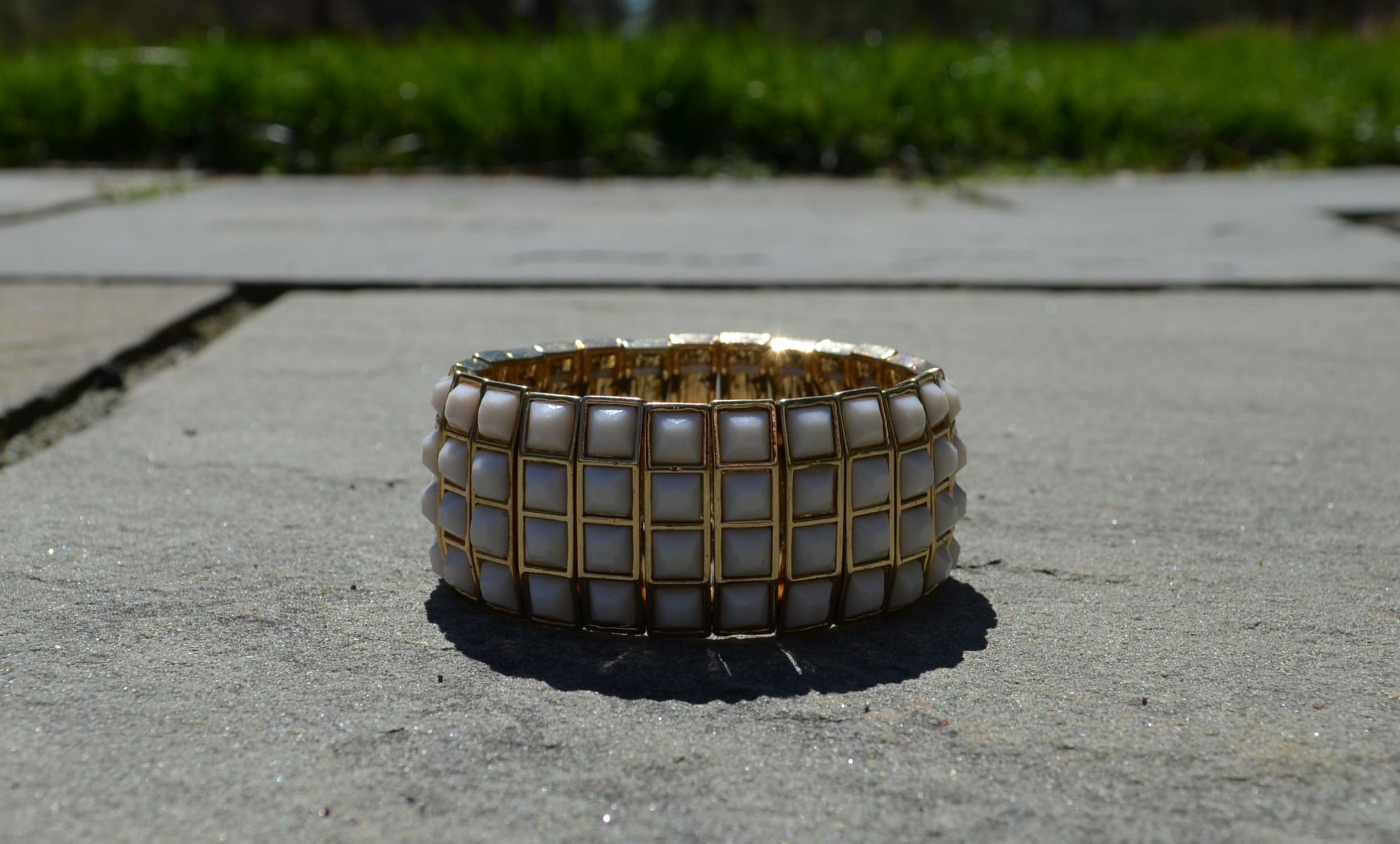 """""""In the Cabana """"  Relax in this fun geometric stone gold lined bracelet.  In Turquoise or White we have you covered."""