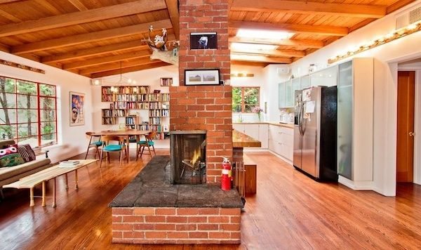 Real Estate Report: Retreat to This Woodsy & Renovated 50s Ranch in Los Feliz | California Home + Design