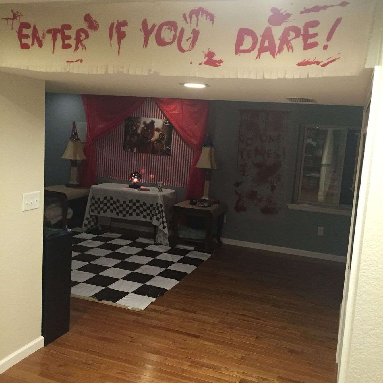 5 Decorating Ideas For Bedrooms: Five Nights At Freddy's Birthday Party