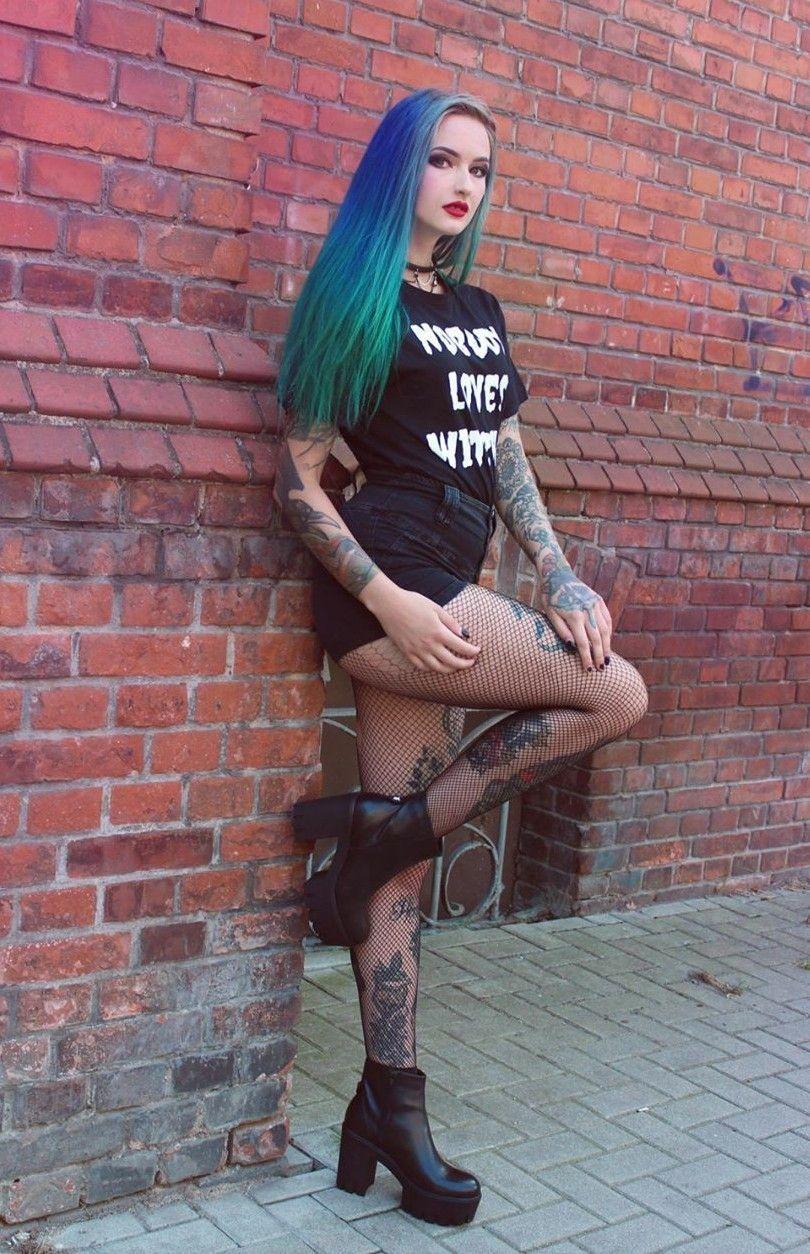 0e81e48cdf Risultati immagini per Goth | metal/dark/goth woman | Gotico, Donna ...