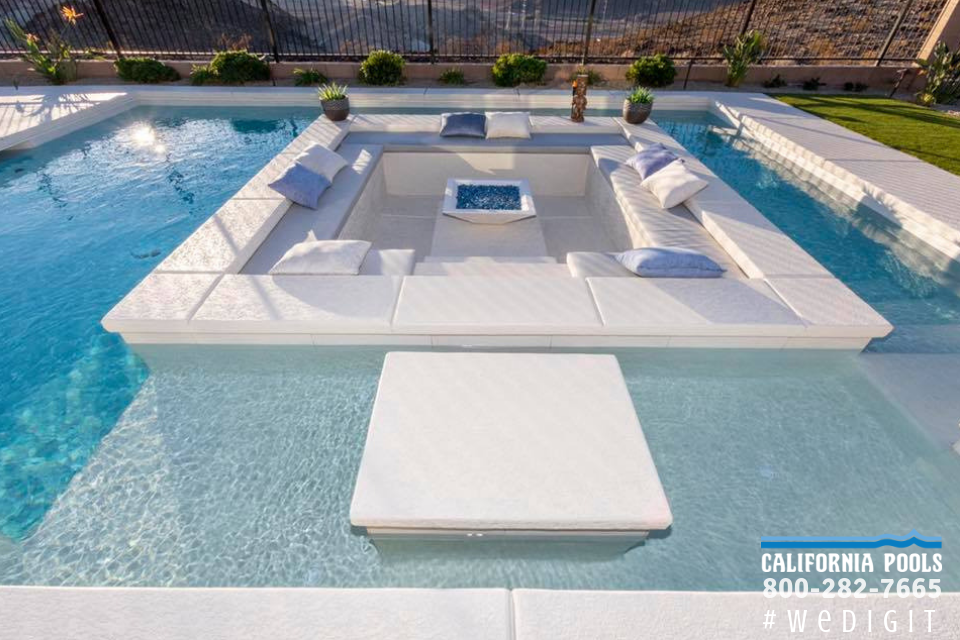 This Sunken Seating Area Definitely Portrays Outdoor Living At It S Finest 800 282 7665 Www Californiapools Pool Kings California Pools Custom Swimming Pool
