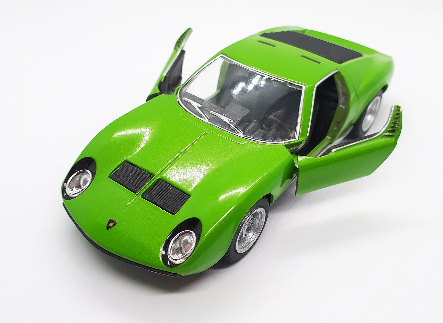 1971 Car Model Scale 1 34 Green Colour Manufacturer Kinsmart Modern