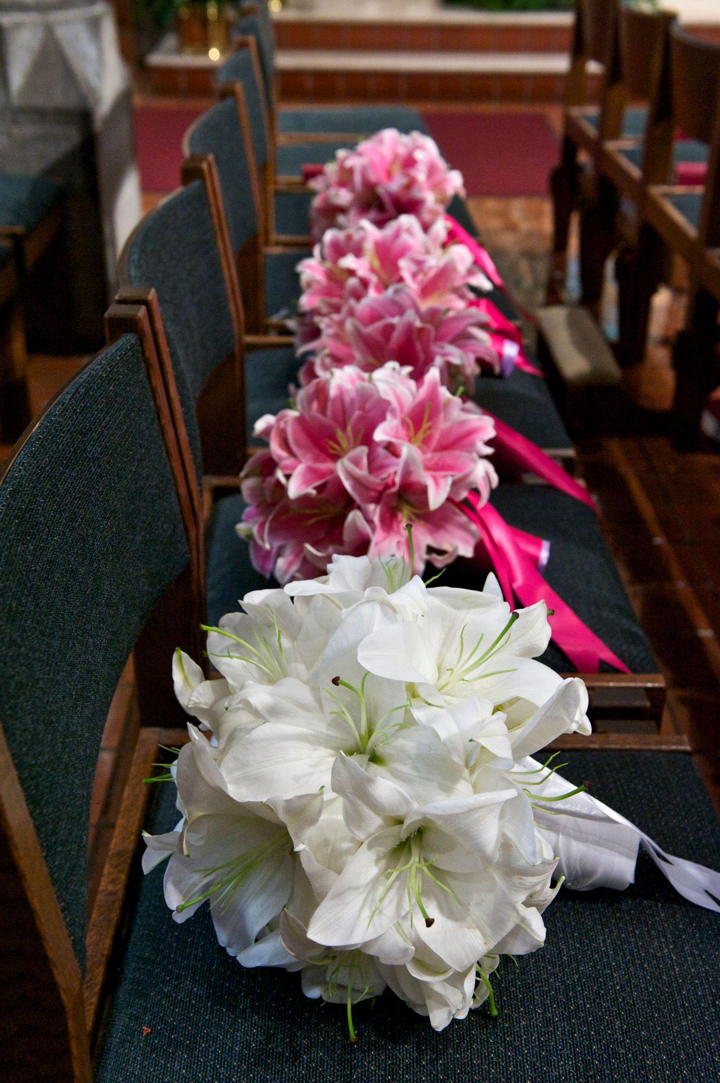 Lilylily pretty lily bridal bouquets pinterest wedding lilylily pretty lily stargazer lily bouquet stargazer lily wedding white lily bouquet izmirmasajfo