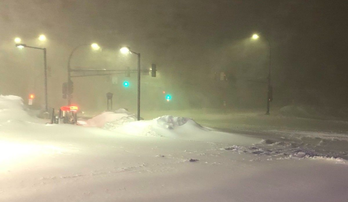 Nightmare in the Northland as blizzard pummels Duluth