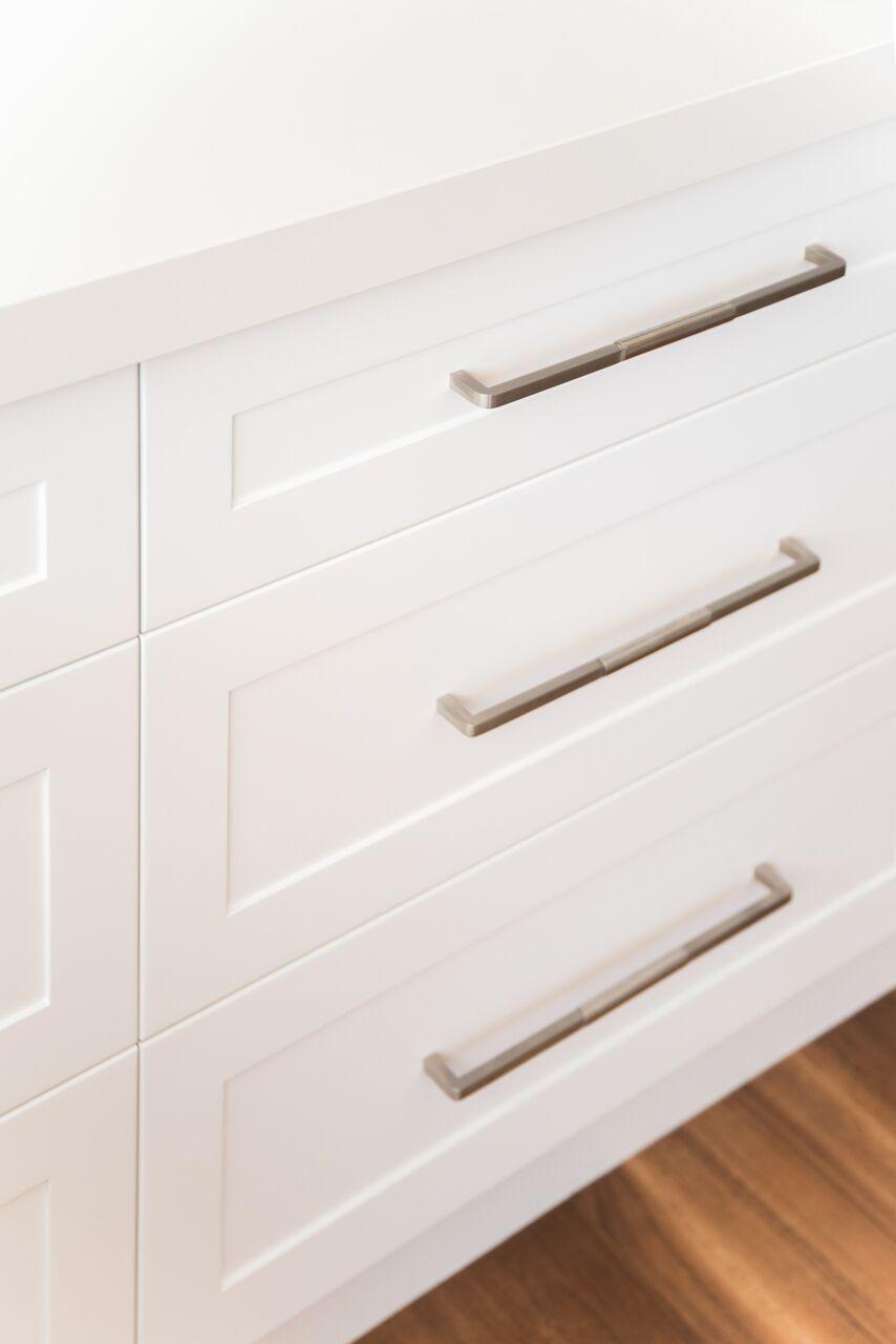 Image Result For Hampton Style Kitchen Door Handles Shaker Kitchen Doors Kitchen Door Handles Door Handles Modern