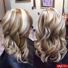 Fryzury Krecone Wlosy Fryzury Dlugie Na Co Dzien Krecone Czekoladka2010 2430197 Hair Styles Hair Hair Highlights