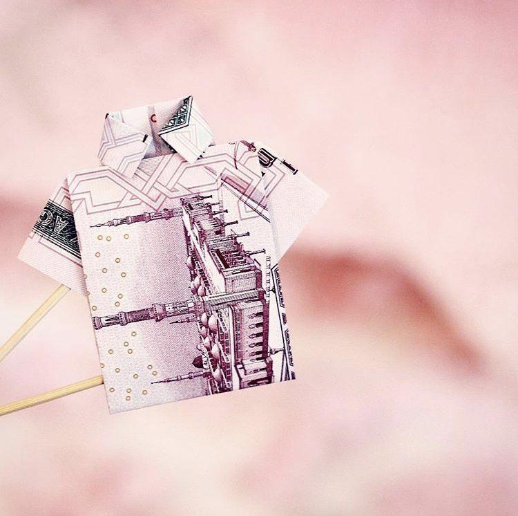 فكرة مميزة للعيديات Money Origami Origamimoney Rose Roses Flower Jeddah فلوس ابداع جدة افكار هدية فكرة ورود ورد Gifts Origami Rose