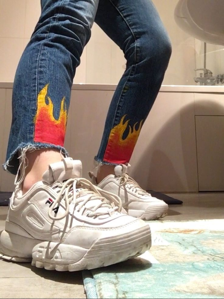 Chronic Sunshine — Needed me some fuego mom jeans🔥   Ropa ...