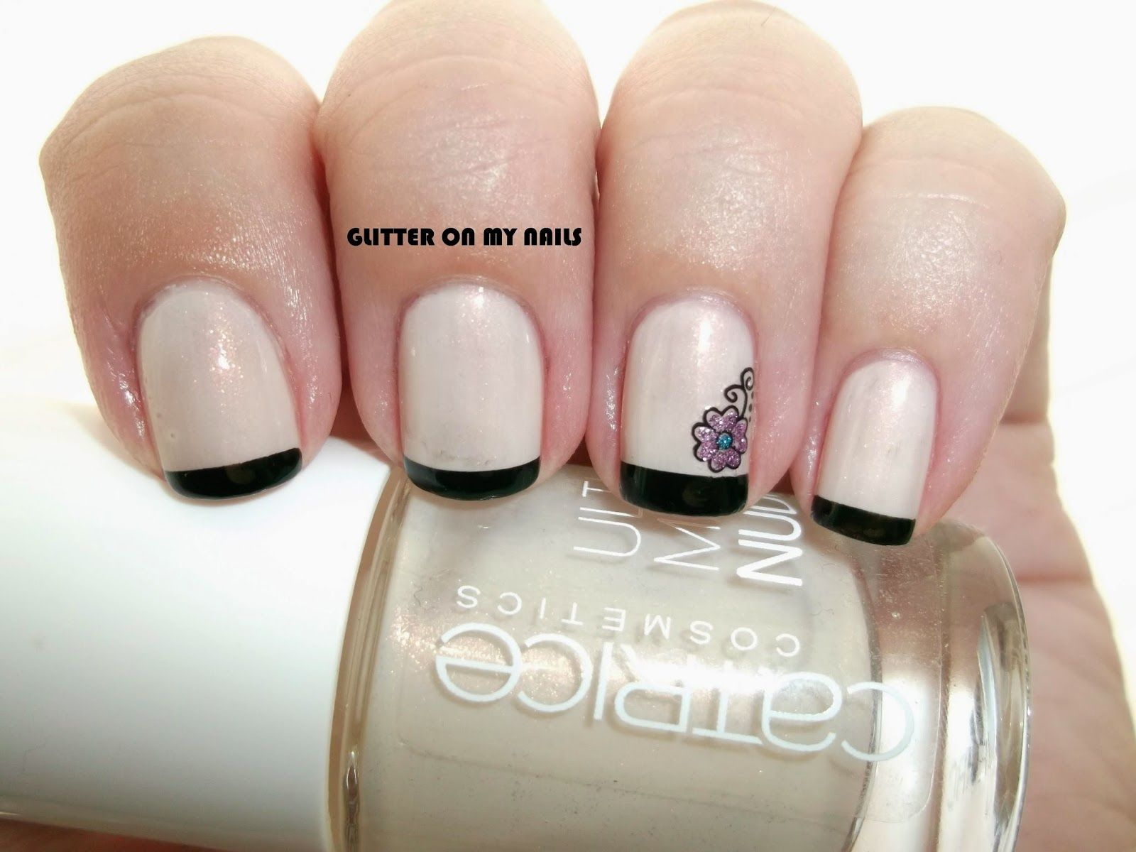 GLITTER ON MY NAILS: BLACK FRENCH