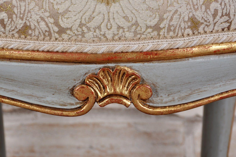 Sedia intrecciata e intagliata ad in stile barocco