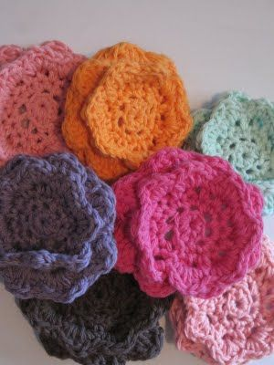 Double Sided Flower Dish Scrubby Pattern | Crochet faces ...