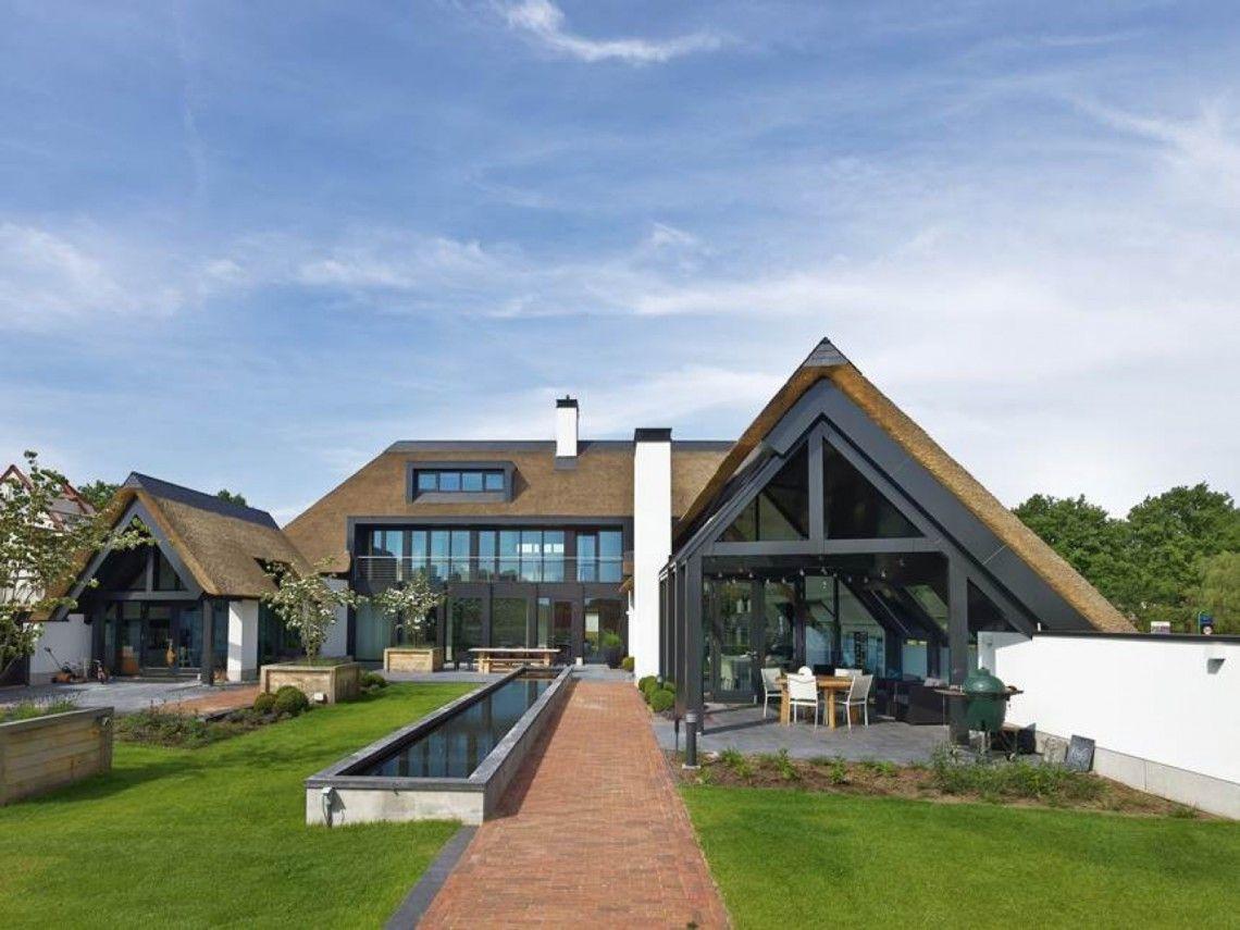 Van dinther bouwbedrijf landelijk modern huis hoog
