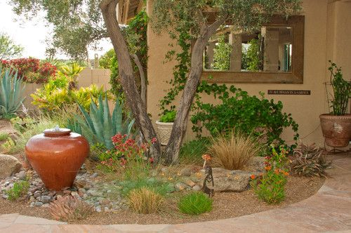 Gravel For Natural Garden Paths With Images Desert Landscape Design Garden Landscape Design Mediterranean Landscaping