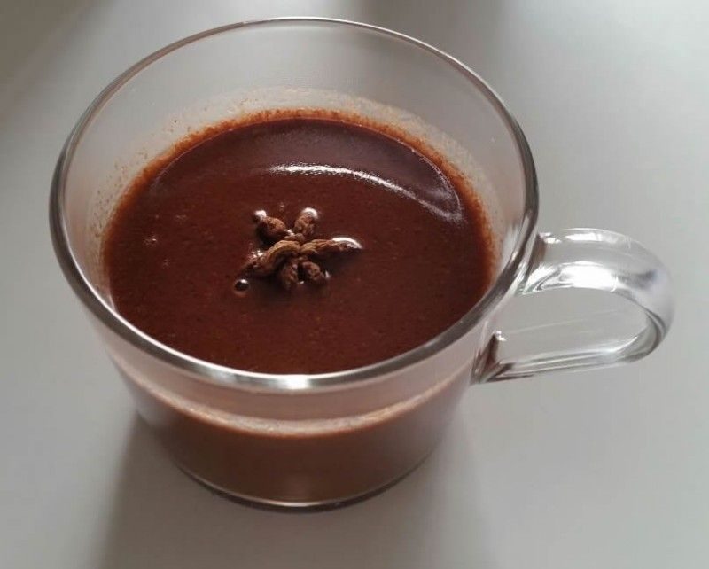 dans une casserole ajouter l 39 eau l 39 anis la cannelle le cacao et porter bullition sur feu. Black Bedroom Furniture Sets. Home Design Ideas
