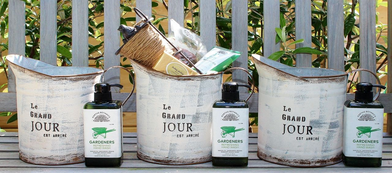 Unique Gardening and Pamper Gift Hampers for Her a gift