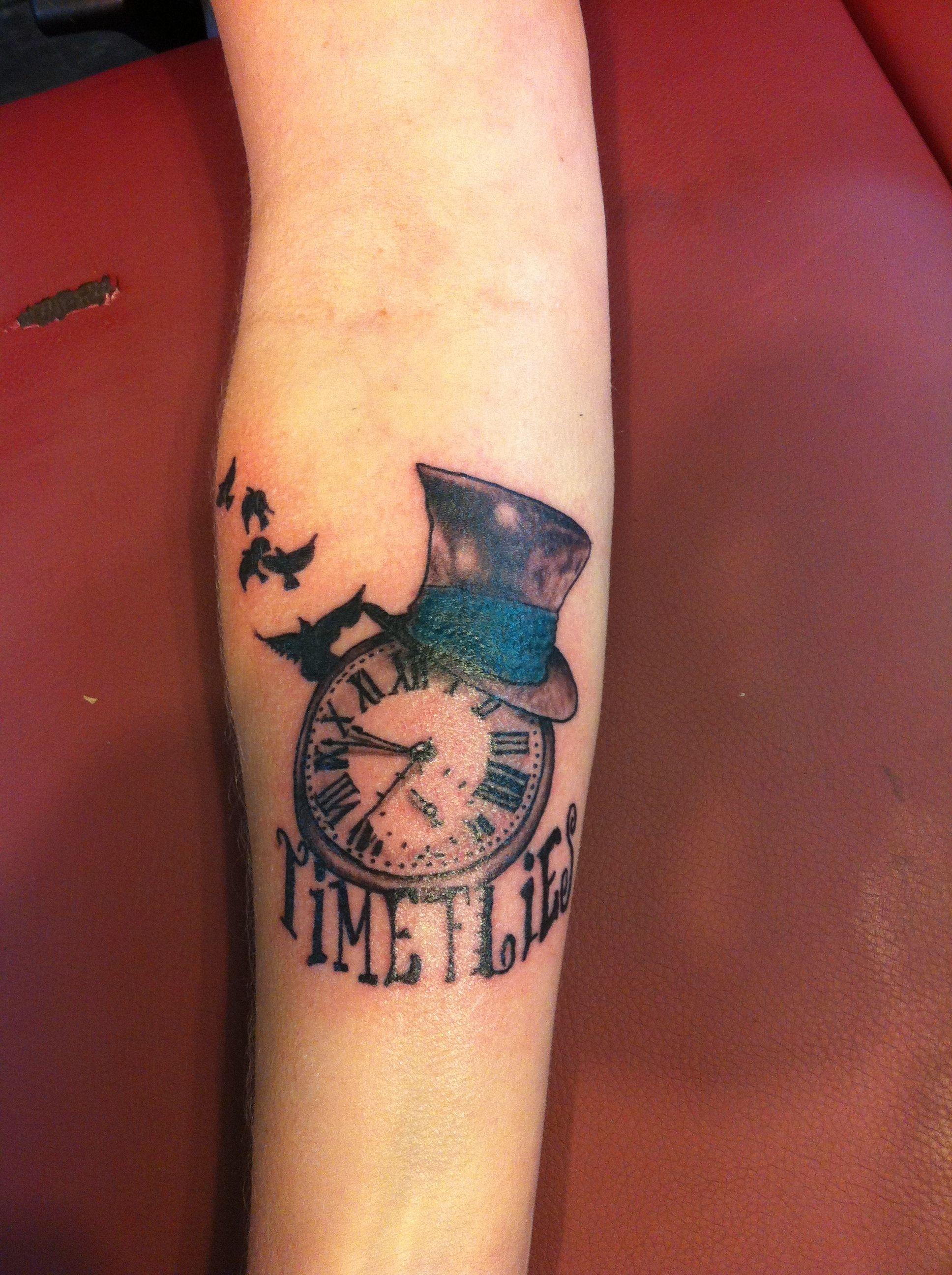 Pin By Lorraine Moore On My Tattoos Time Flies Tattoo Clock Tattoo Design Cool Tattoos