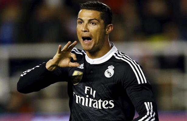 Cristiano medita abandonar el Madrid Cristiano, Madre