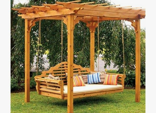 Patio and pergola designs pergolas para jardin con for Columpios de madera para jardin