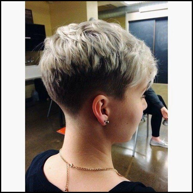 21 Stylish Pixie Haircuts Kurze Frisuren Fur Madchen Und Frauen Bob Frisuren Kurze Haare Frauen Haarschnitt Kurz Frisuren Kurz