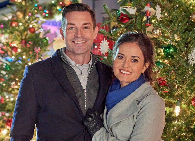 """Watch a preview for the Hallmark Movies & Mysteries original """"Christmas at Grand Valley ..."""