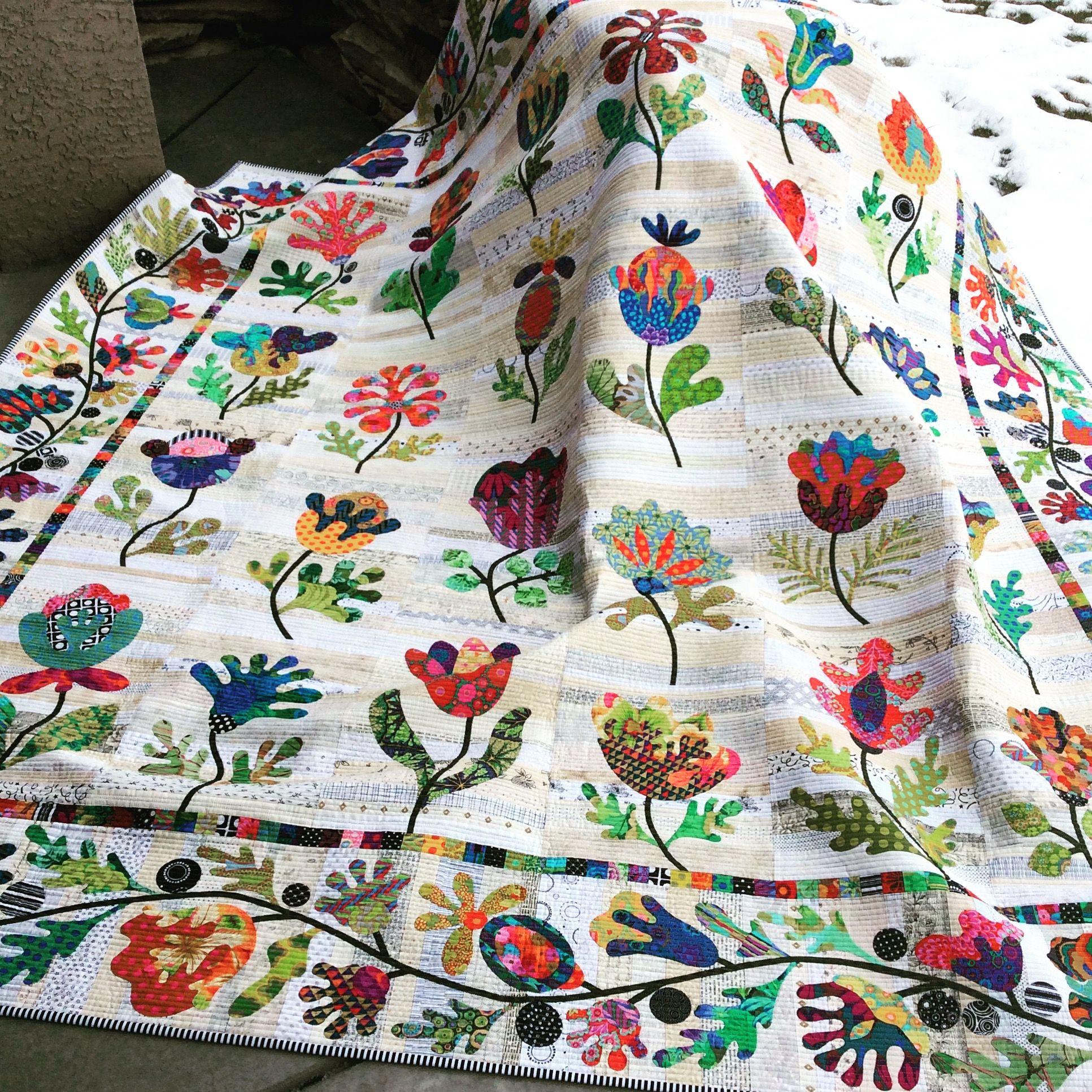 Flower Garden Quilt, Kim McClean pattern. (Laila Nelson)  Flower