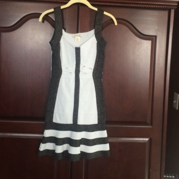 Dress Gorgeous banded body con dress by Arden B size small Arden B Dresses