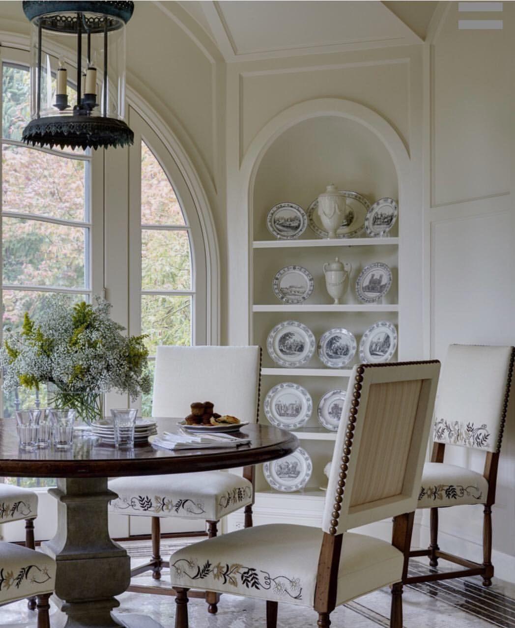 Elegantinterior Design: Beautiful Breakfast Room A La @marshallwatsoninteriors
