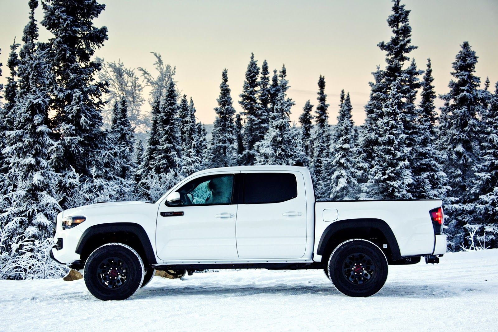 2017 toyota tacoma trd pro is the featured model the 2017 toyota tacoma trd pro white image is added in car pictures category by the author on aug