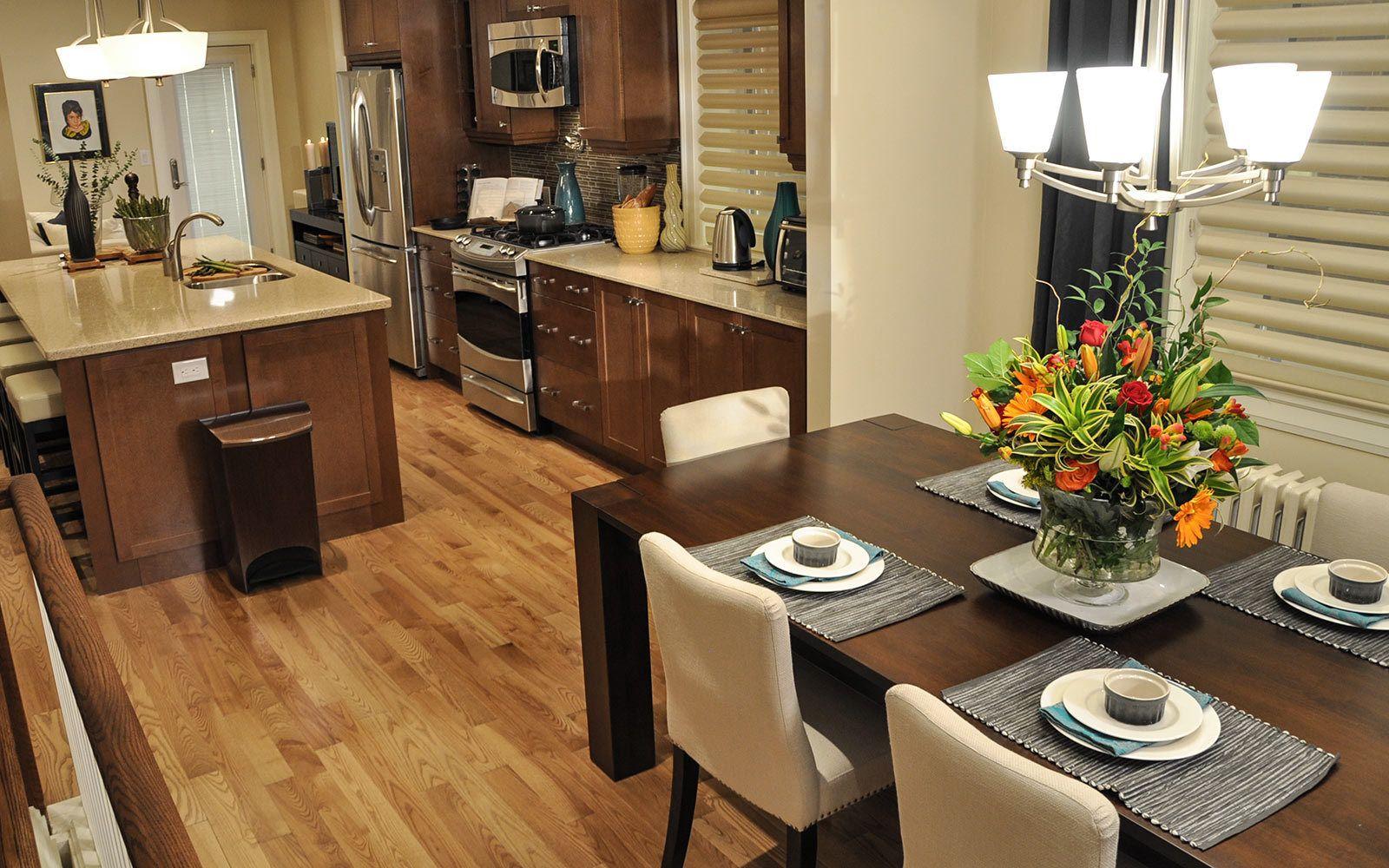 Mercier Hardwood Flooring Prefinished Plancher De Bois Franc Pre Verni Dining Room