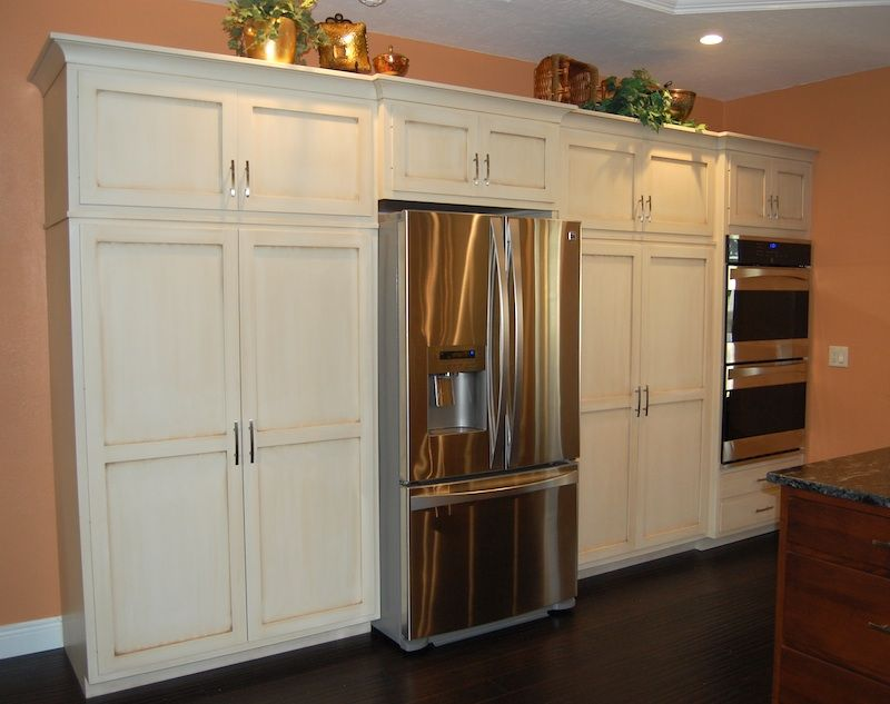 Shaker Paint/Glaze Kitchen Cabinets | Dutch Haus Custom Furniture ...