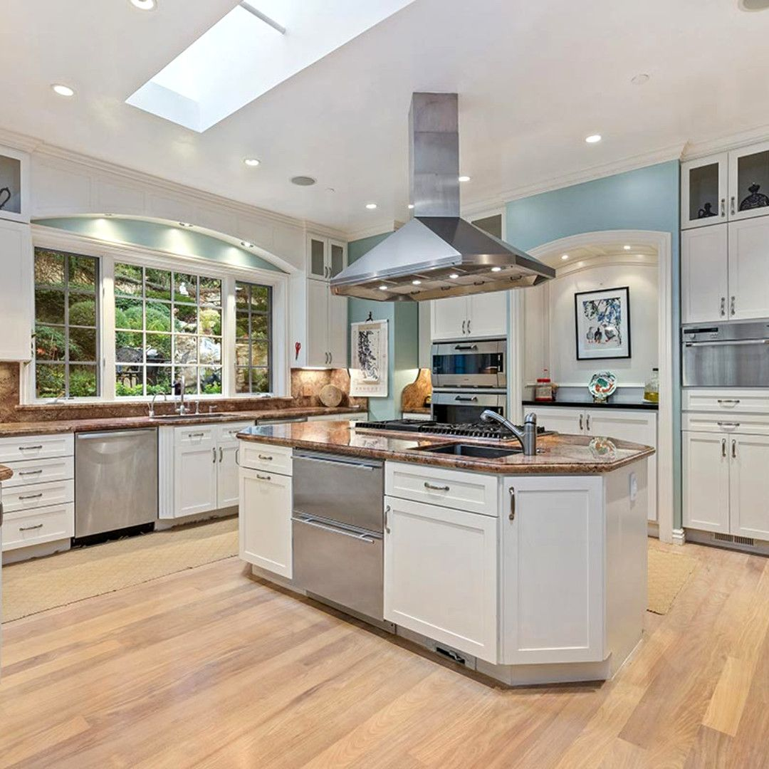 Custombuilt lower south hillsborough estate listed by
