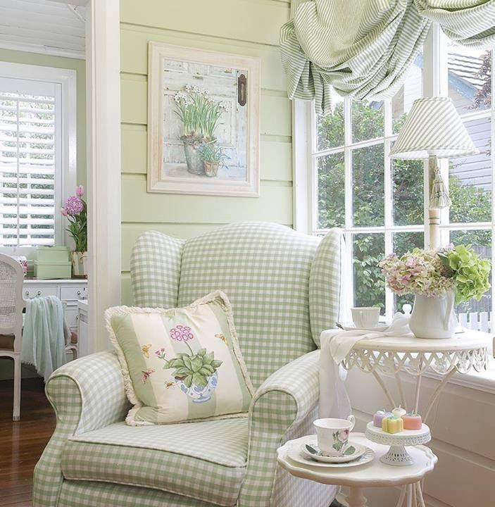 26 Relaxing Green Living Room Ideas: Tapicería Vichy (cuadro Pequeño) Para El Sillón Y Tejido A