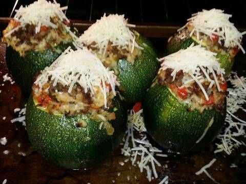 Round Stuffed Zucchini With Brown Rice Ground Beef Red Pepper Recipe By Michelle Recipe Zucchini Red Pepper Recipes Peppers Recipes