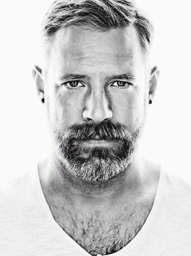 caa63083383 Pin by Daniel D on Beards in 2019 | Scruffy men, Bearded men, Men