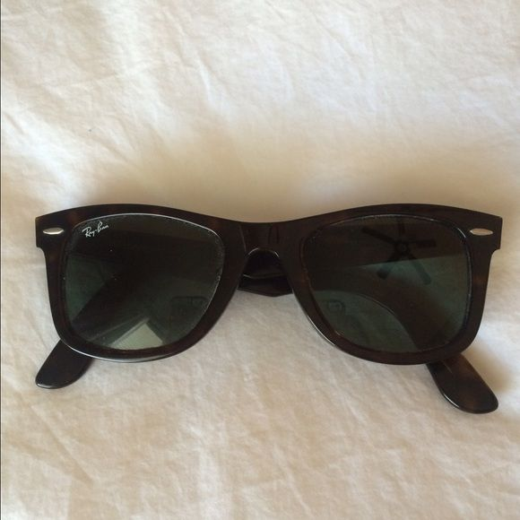 Ray Ban Wayfarer Tortoise Ray Ban sunglasses. Original Wayfarer Tortoise. No scratches. Taken good care of. Comes with black Ray Ban case (which has a small bend and breakage shown in the pictures). Ray-Ban Accessories Sunglasses