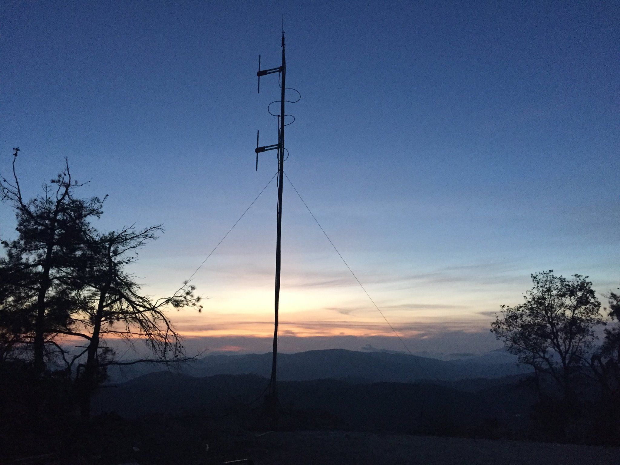 Pin by Transmitters 'R' Us on Antennas Wind turbine