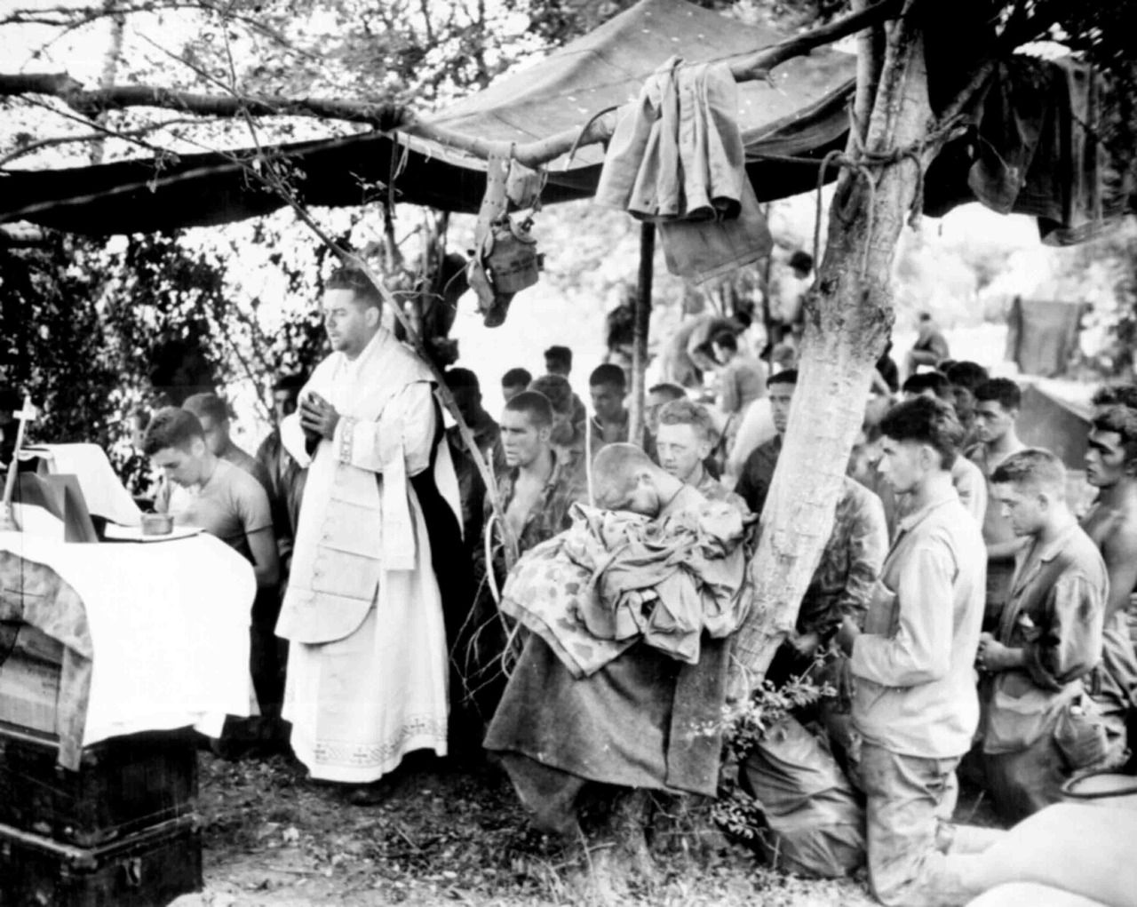 The funeral service for soldiers who died on the island of Saipan