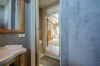 Gestuct Plafond Badkamer : Stucgoed badkamer sneek betonlook in combi met hout wit