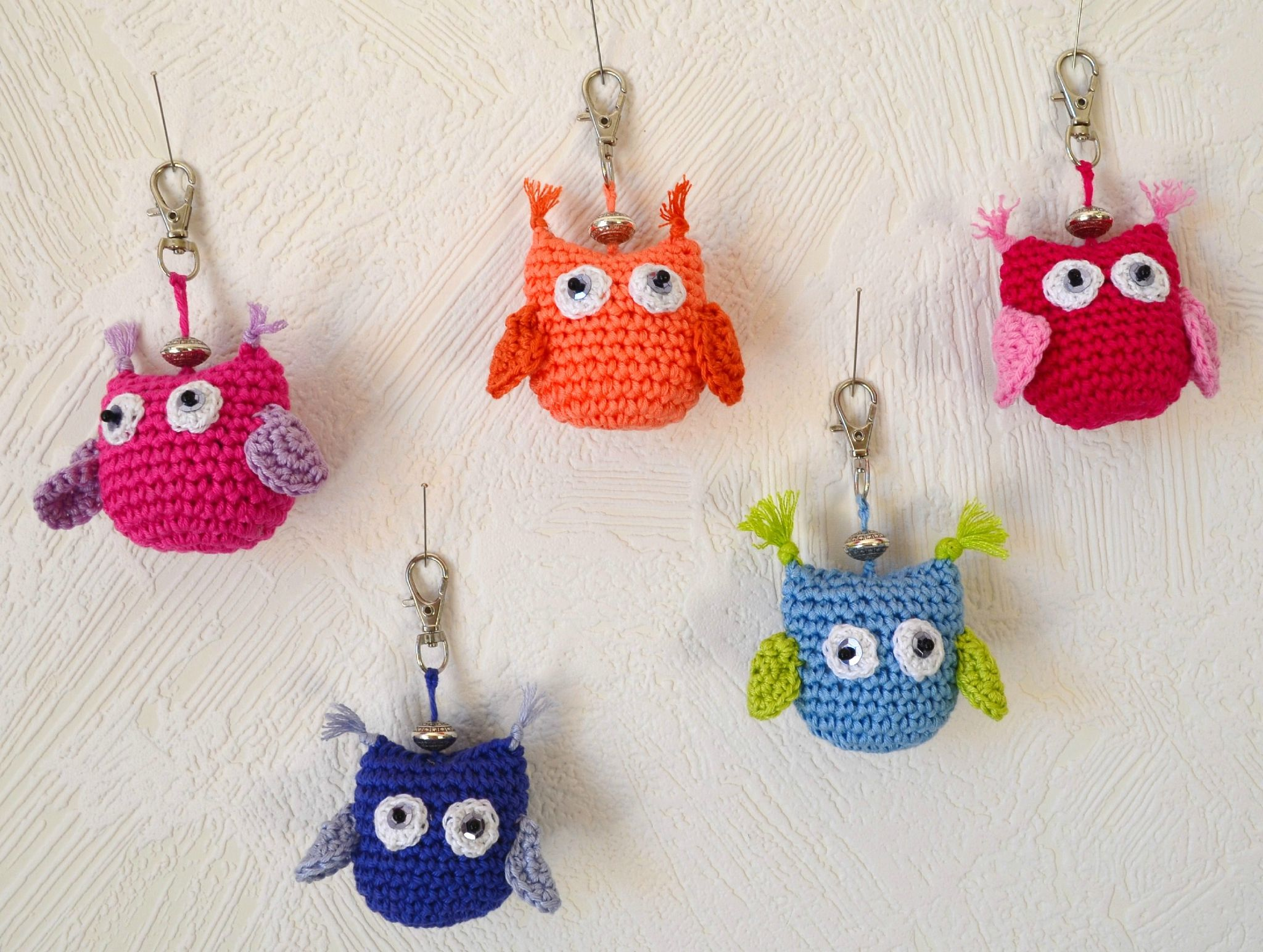 Un porte clef tr s bricolage et diy pinterest crochet chouette et tricot et crochet - Porte cle crochet ...