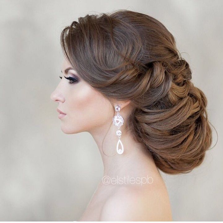 Elegant Updo wedding hairstyles | Wedding Hairstyle Ideas For the Bride | fabmood.com #weddinghair #bridalhair #hairstyles #upstyle #updo #weddinginspiration #weddingideas #looseupdo