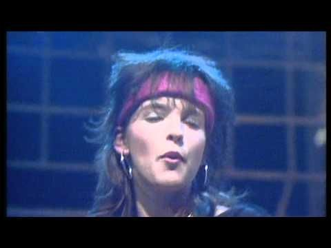 Nena 99 Red Balloons English Version Of Luftballons The German Reached 2 In 1984