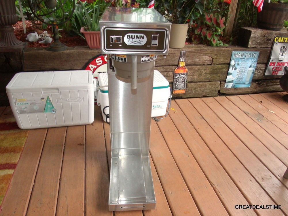 BUNNOMATIC ICED TEA / COFFEE BREWER MAKER COMERCIAL