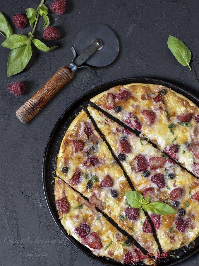 Pizza De Queso De Cabra Frutos Rojos Y Panceta Receta Pizza
