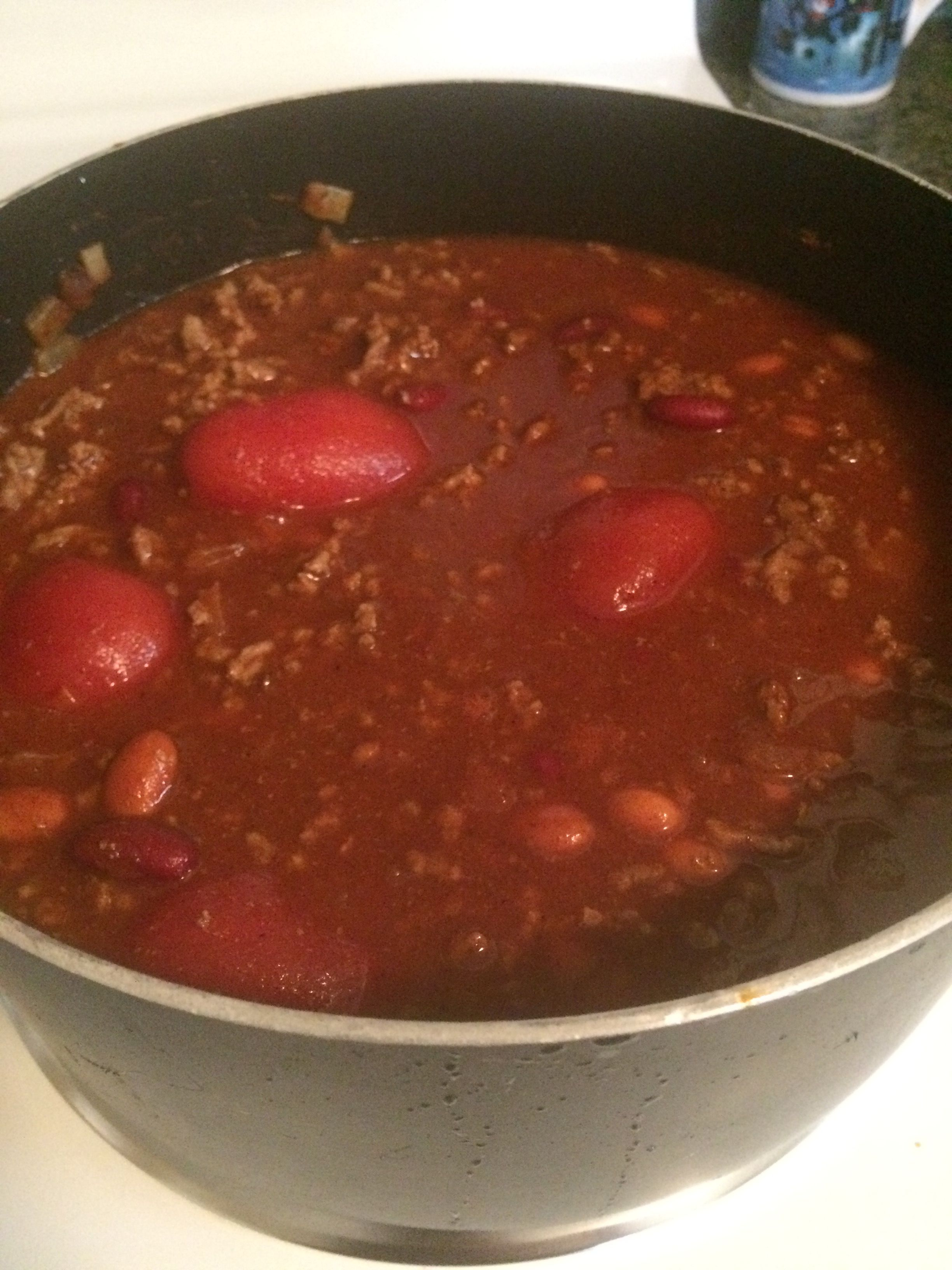 Chili, rainy day fix! Quick and Easy recipe. Perfect to freeze and reheat.